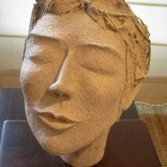 Escultura Muchacha Cristina Sánchez